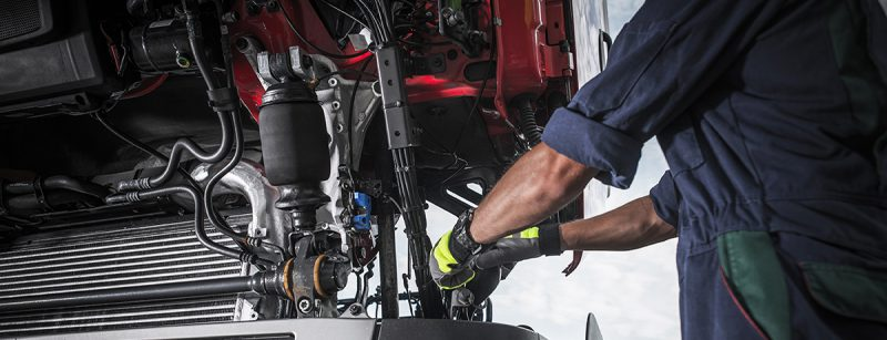 6 Things to Look for When Inspecting Commercial Vehicles